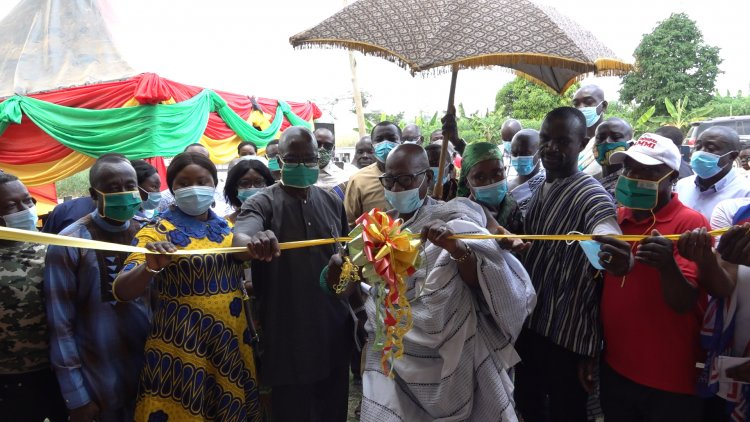 Kwabre East MP commissions CHPS compound and Two Classroom Blocks at Kasaam