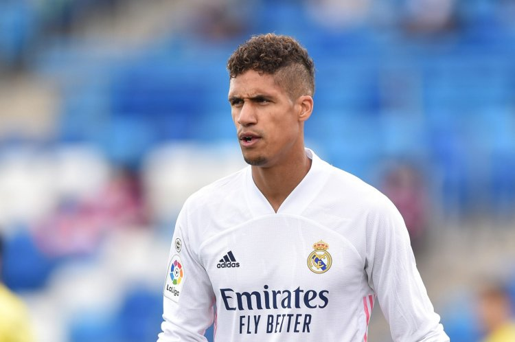 Manchester United ready to seal Raphael Varane transfer deal this month