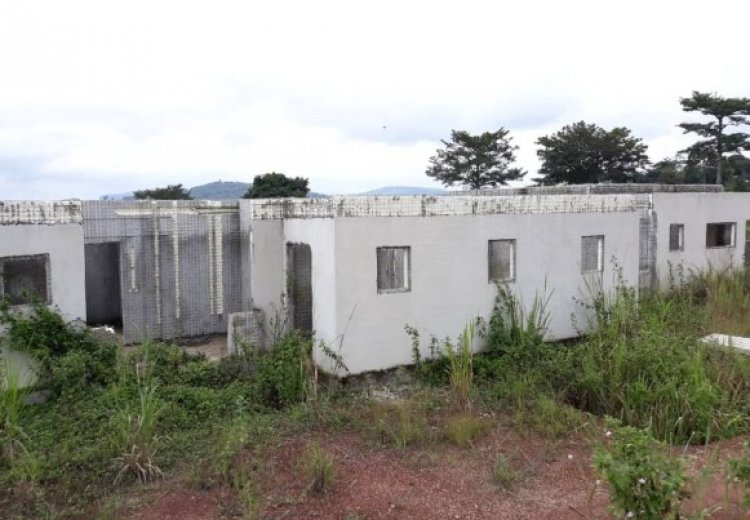 Minority Caucus on Health Committee inspects abandoned Health Projects in ER