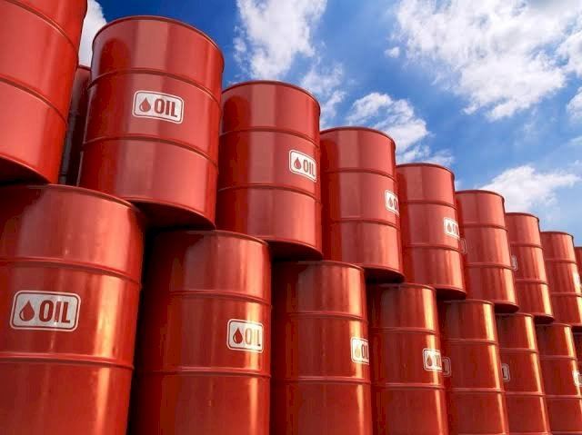 COVID-19: Global Lockdown Crashes Oil Price