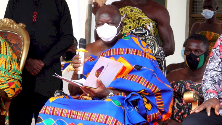 [PHOTOS] Asantehene admonishes Chiefs to quit begging for alms from politicians, reveals dangers