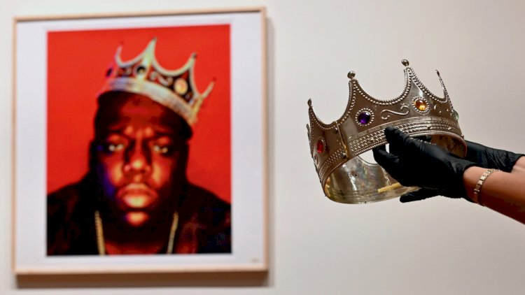 Plastic Notorious B.I.G. crown sold for a fortune at auction